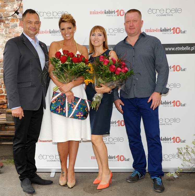 Od lewej: Robert Wójcik (Etre Belle), Ilona Felicjańska, Aneta Pondo (Miasto Kobiet), Cezary Korcz (Etre Belle)