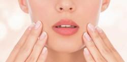 Piękne usta to wizytówka kobiety (fot. Fotolia)