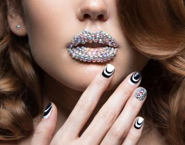 paznokcie manicure lakiery