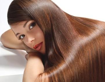 Piękne i zadbane włosy to atrybut kobiecości / fot. materiały prasowe