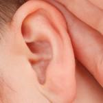 Co to właściwie jest operacja korekcji uszu?