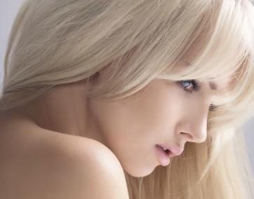 Wybór odpowiedniego odcienia blondu to nie lada wyzwanie / fot. Fotolia