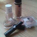 Letni makijaż w kilku krokach, czyli testujemy kosmetyki kolorowe Bell Hypoallergenic
