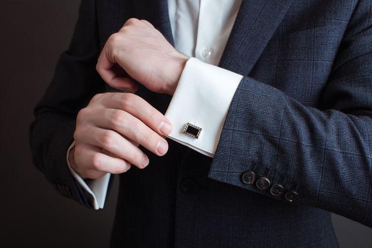 Zadbanie dłonie są równie ważne, jak ubiór