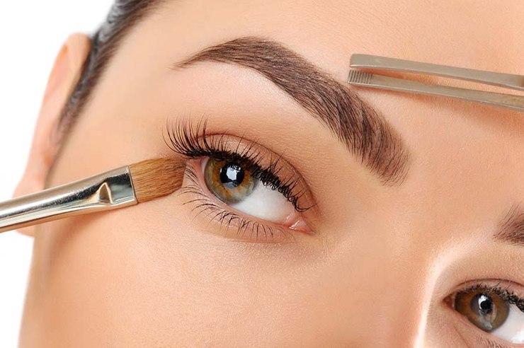 Oprawa oka to podstawa idealnego makijażu / fot. materiały prasowe