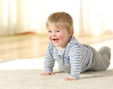 Decyzja o zapisaniu dziecka do żłobka to jedna z trudniejszych, przed którymi stają młodzi rodzice / fot. Fotolia