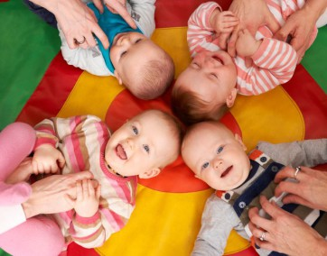 Zapewnij maluchowi najlepszą opiekę / fot. Fotolia