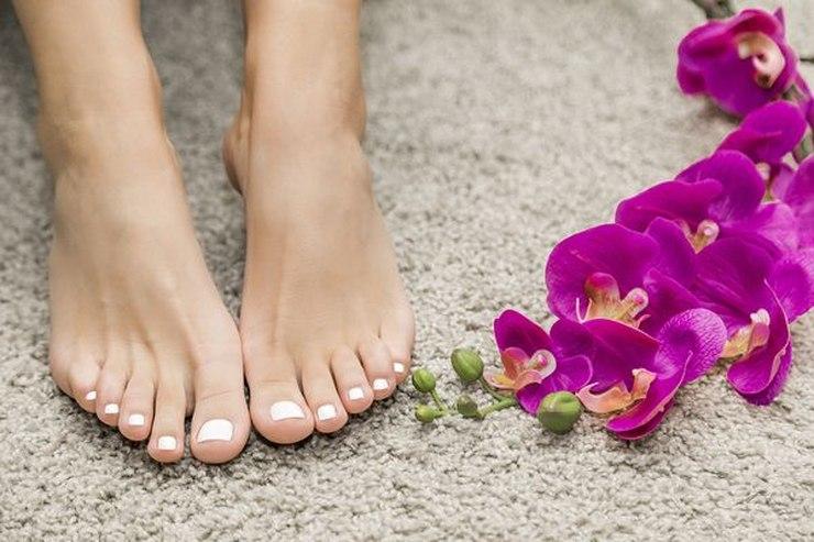 Piękne i zdrowe stopy to podstawa dobrego samopoczucia! /fot. materiały prasowe