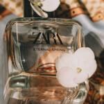 Słynne perfumy z kwiatem lotosu